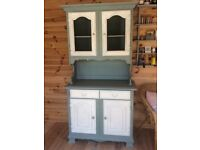 Shabby chic/country style dresser