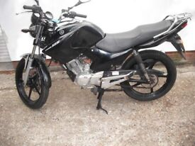 Yamaha YBR 125 2012 fitted 800 miles only engine