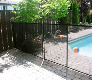 Pool safety barriers : Child Safe Pool Fences