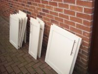 KITCHEN UNIT DOORS USED BUT IN GOOD CONDITION £40