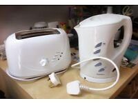 Kettle and toaster for sale
