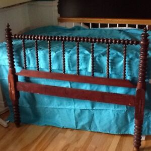 3/4 bed frame with head and foot board