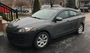 2010 Mazda Mazda3 GX Sedan LOW KMS - FOR SALE!