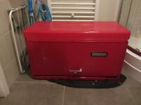 Tool box chest top