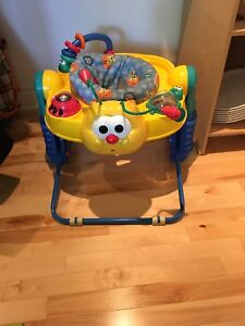 Exerciseur - soucoupe Fisher price