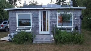 Waterfront Cottage-Off Grid/Solar/Propane/Well