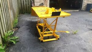 motorcyle hydraulic lift table