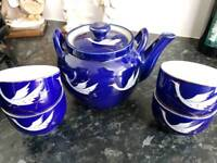 Blue little pot and cup set