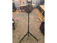 Acoustica Guitar Stand
