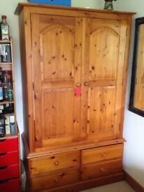 Antique pine Wardrobe, with hanging rail and 4 draws