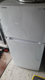 '**BOSCH**FRIDGE FREEZER**ONLY £70**BARGAIN**FROST FREE**COLLECTION\DELIVERY**NO OFFERS**