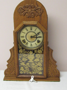 Antique INGRAHAM GINGERBREAD Mantle Clock