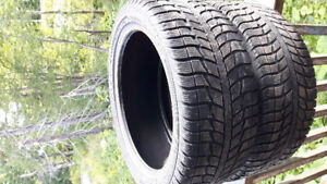Pair of 225/45r17 Federal sports winter tires for sale.