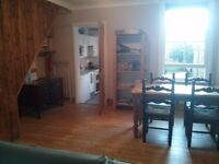 Double room, low rent, beautiful house, superb central location
