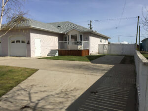 2 bedroom house w/ attached garage