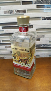 Vintage 1969 McGUINNESS - OLD CANADA empty Whisky Bottle