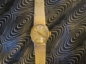 LONGINES LADIES WATCH 22CT IN PRISTINE CONDITION JUST SERVICED GUARANTEED TILL APRIL 2018