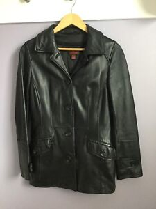 Danier Leather Jacket Paid $400 selling for $75 Size 6