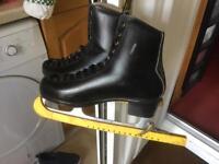 Men's ice skate boots