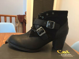 New CAT Briony leather boots, sz 11