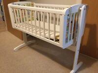 Mothercare Swinging Crib with Icnuma bamboo mattress and 4 sheets