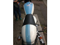 Cafe racer style commuter bike 125cc Almost new