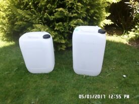 Plastic drums in perfect condition ,only used once ...clean inside and out