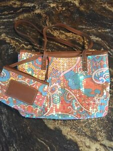 Nine West purse and matching make up bag $45 OBO