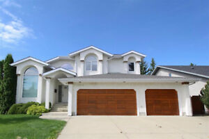 Beautiful riverbend Home with 3 car garage