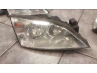 2005 FORD MONDEO DRIVER OFF SIDE HEAD LIGHT COMPLETE