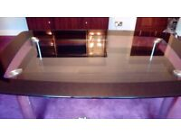 Dining table glass with chrome legs