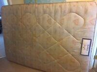 Double mattress - Free