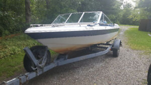 Closed Bow Bowrider with 80HP Mercury and Yacht Trailer