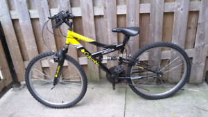 Best Columbia mountain bike 10/10 condition