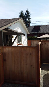 CUTE 2 BEDROOM CARRIAGE HOUSE VIU AREA, ALMOST NEW