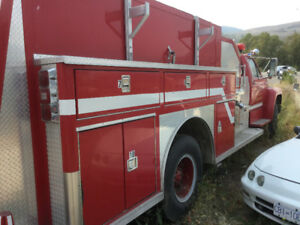 FIRE PUMPER TRUCK EXCELLENT CONDITION