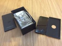 Apple iPhone 5 with charger boxed