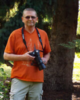 Bob's Photo offers professional work at affordable cost.