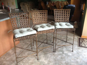 countertop chairs