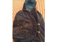 Maxi cosi baby car seat cosy toes