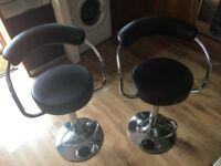 Pair of quality bar stools £40