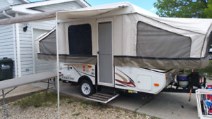 SOLD - 2011 Viking 1906ST tent trailer - SOLD