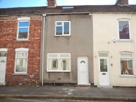 2 bedroom terraced house to let.housing benefit welcome
