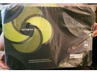 "Black Samsonite 18.4"" Soft Laptop Sleeve/ Protector Bag"
