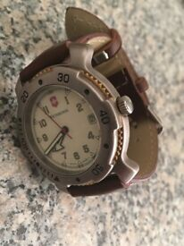 Mens swiss army diver watch