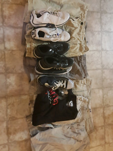 Assorted Clothing Bag