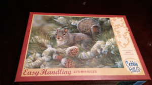 Cobble Hill puzzle 275 Easy Handling pieces  Gray Squirrel