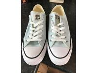 Ladies converse all star trainers size 5