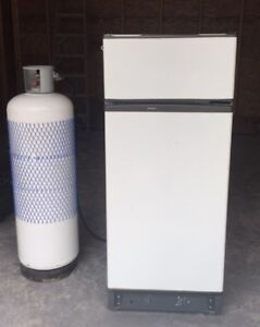 PROPANE FRIDGE/FREEZER for cabin + 100 lb. tank