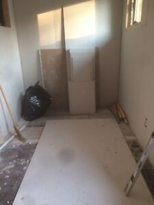 Drywall/Sheetrock 8x10 and some large scraps